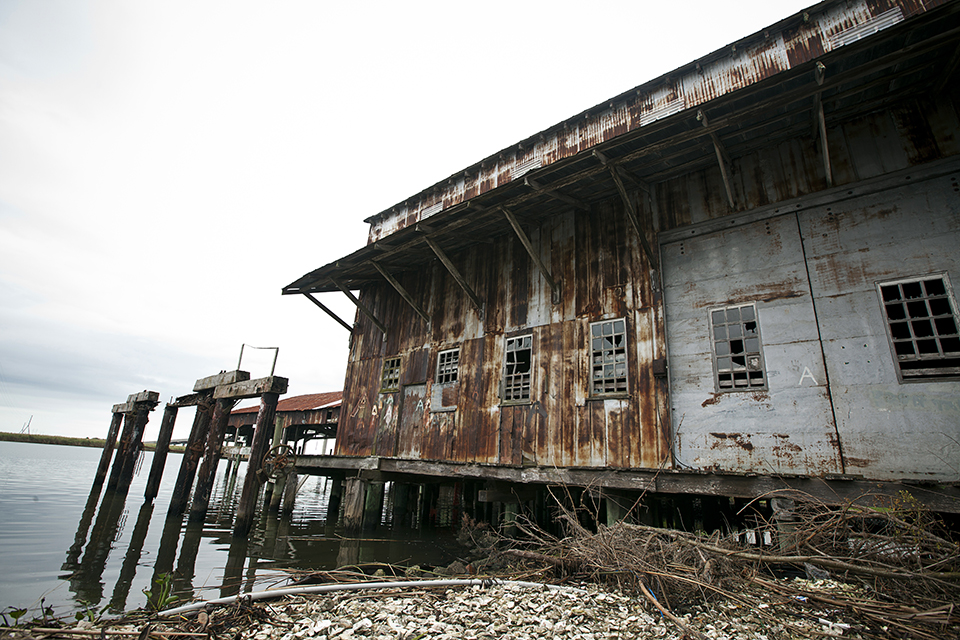 An abandoned wearhouse on the Apalachicola River. (Photo by Jeremiah Stanley)