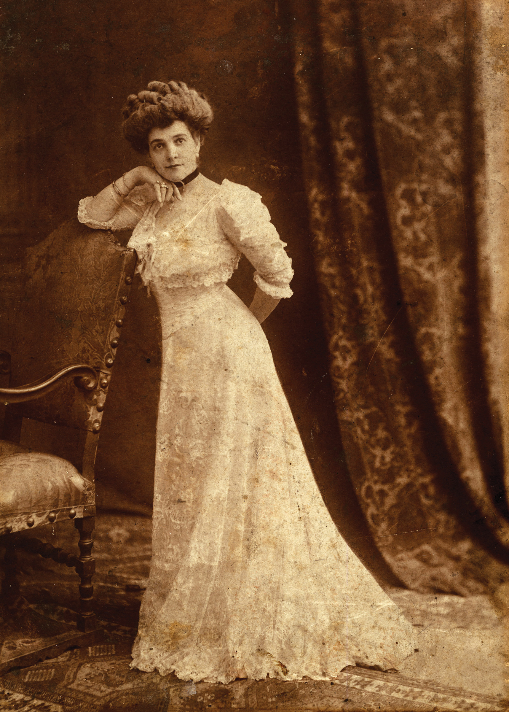 Mable Ringling, shortly after her wedding in 1905. Photography by John and Mable Ringling Museum of Art