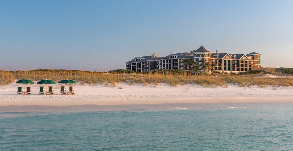 The Henderson overlooking the dunes in Destin. Photography by Chandler Williams/Modus