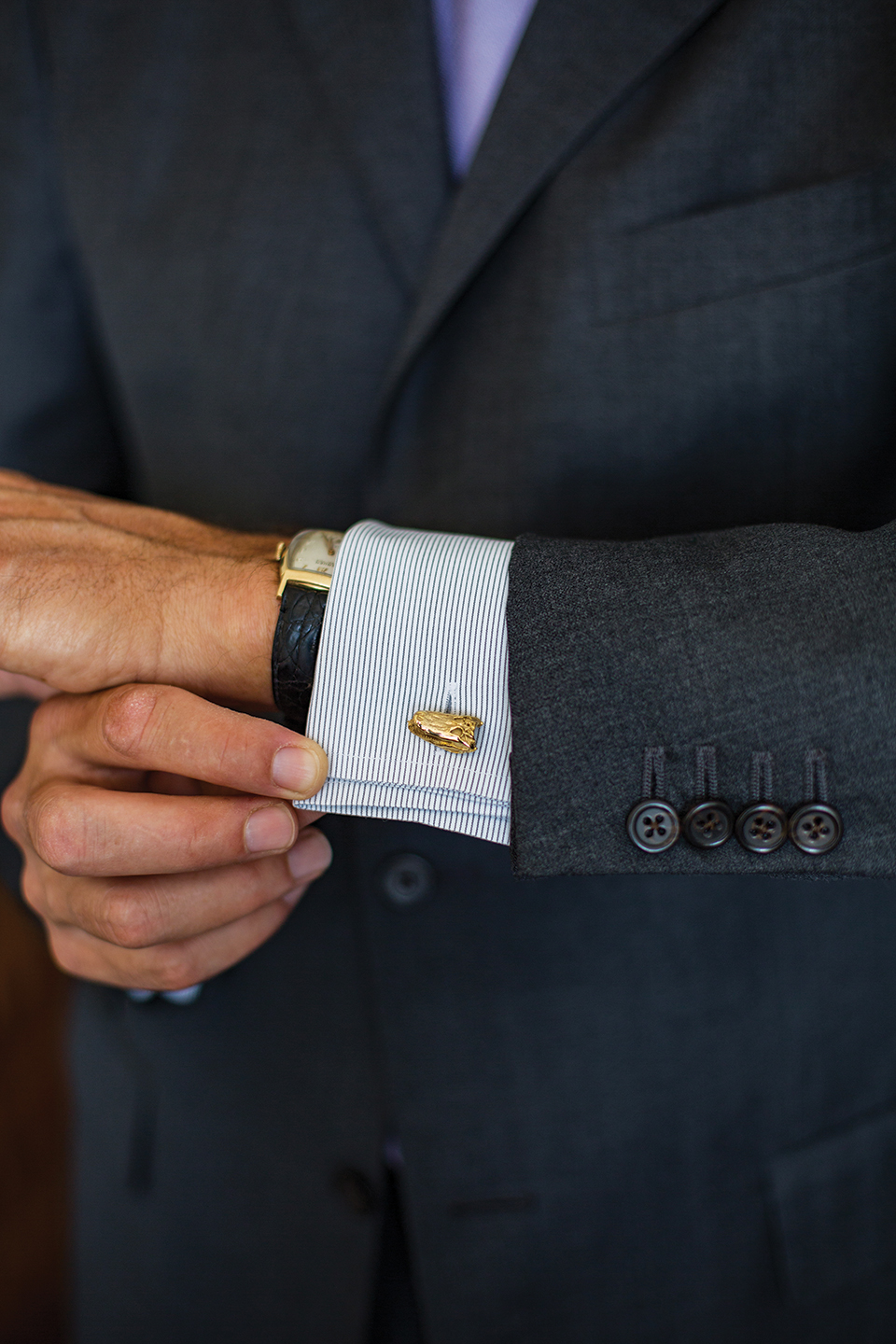 Gold-plated gator cufflinks from Alligrove; Photography by Alligrove