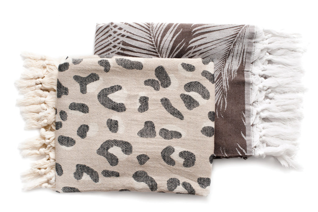 CASE+DRIFT DAKOTA AND PALMS TOWELS